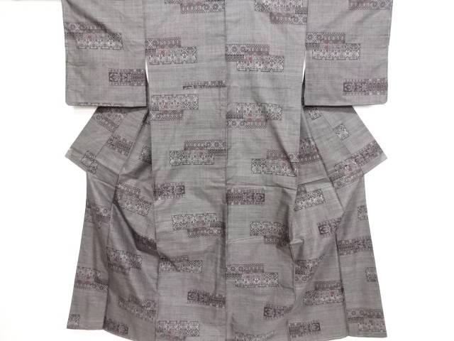 未使用品 仕立て上がり 横段に更紗模様織り出し本場泥大島紬着物(7マルキ)【送料無料】