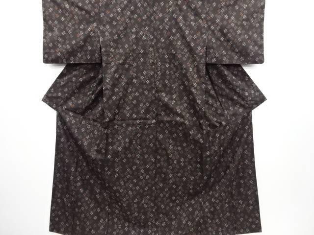 リサイクル 蝶模様織り出し本場泥大島紬着物(5マルキ)【送料無料】