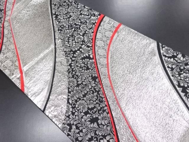 リサイクル 銀糸変わり道長取りに花唐草模様織り出し全通袋帯【送料無料】