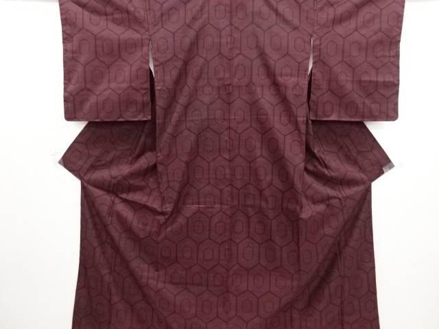 リサイクル 未使用品 重ね亀甲模様織り出し本場泥大島紬着物(5マルキ)【送料無料】
