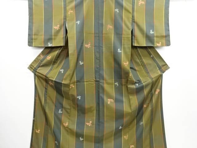 リサイクル 未使用品 格子に蝶模様織り出し米沢紬着物アンサンブル【送料無料】