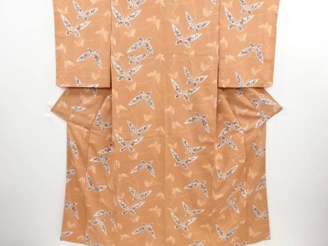 リサイクル 縮緬地型染蝶に花模様一つ紋小紋着物【送料無料】