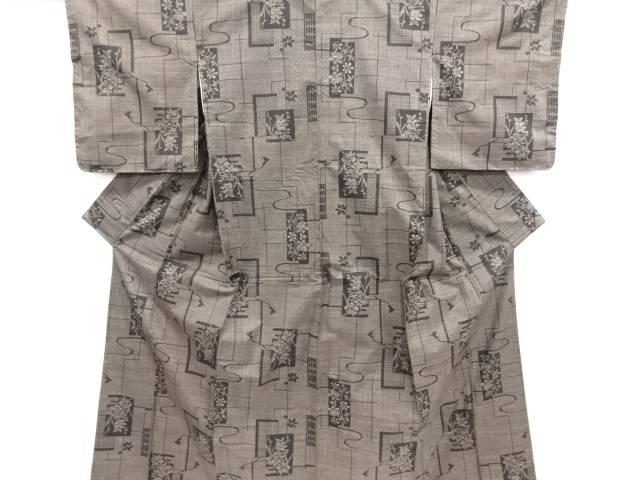 リサイクル 色紙に草花・組紐模様織り出し本場泥大島紬着物(5マルキ)【送料無料】