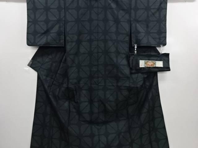 リサイクル 幾何学模様織り出し本場泥大島紬単衣着物【送料無料】