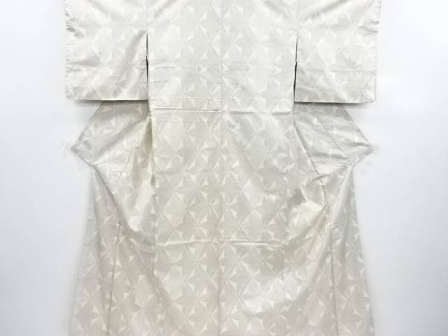 リサイクル 菱に抽象花模様織り出し本場白大島紬100亀甲着物(7マルキ)【送料無料】