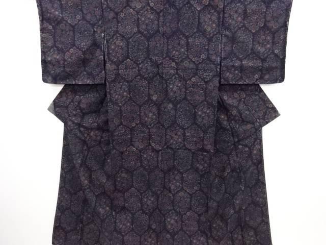 リサイクル 亀甲に菊・撫子・草花模様手織り真綿紬着物【送料無料】