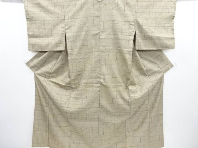 リサイクル 幾何学模様手織り節紬着物【送料無料】