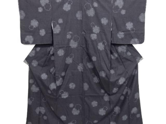 未使用品 仕立て上がり 重要無形文化財本場結城紬100亀甲雪輪模様織り出し着物【送料無料】