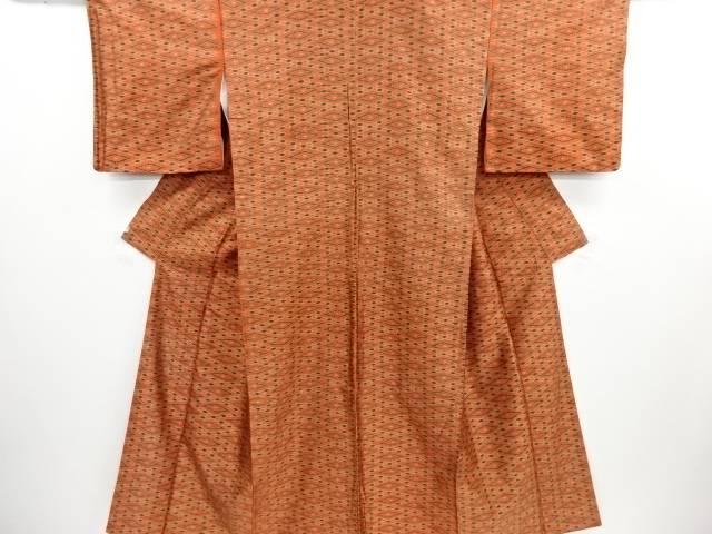 リサイクル 菱模様織り出し手織り紬着物【送料無料】