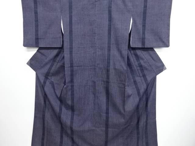 リサイクル 縞模様織り出し本場結城紬80亀甲着物(石下)【送料無料】