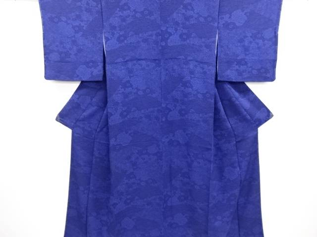 リサイクル 未使用品 縮緬地本藍型染波に菊・牡丹・草花模様小紋着物【送料無料】