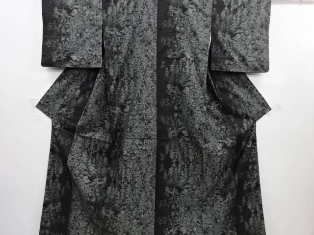 リサイクル 寺院に樹木模様織り出し本場泥大島紬着物(9マルキ)【送料無料】