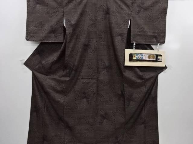 リサイクル 蝶模様織り出し本場泥大島紬着物(7マルキ)【送料無料】