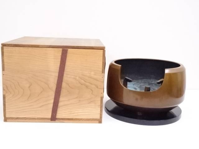 【茶道具】唐銅面取風炉【送料無料】