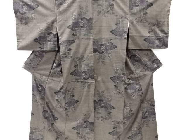 【歳末セール!40%オフ!】リサイクル 板垣に牡丹模様織り出し本場泥大島紬着物(7マルキ)【送料無料】[和服/和装/きもの]