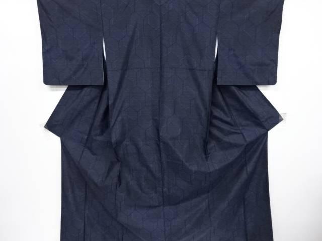 【歳末セール!40%オフ!】リサイクル 亀甲模様織り出し本場泥大島紬着物アンサンブル【送料無料】[和服/和装/羽織/着物/セット/きもの]