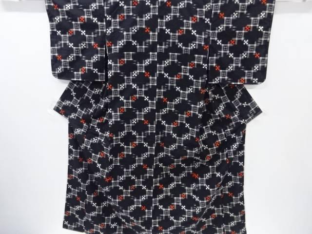 梅雨セール35 オフリサイクル 未使用品 枡に絣柄織り出し手織り真綿紬着物 送料無料和服 和装 きものnOvNw80m
