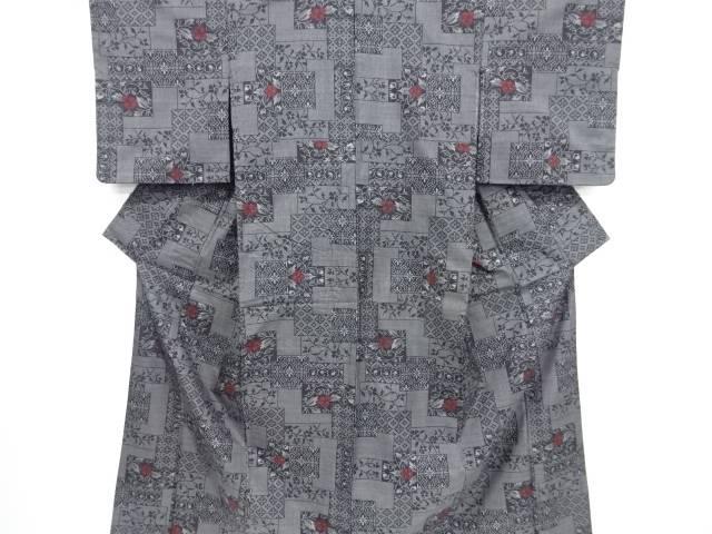 リサイクル 色紙に花古典柄織り出し本場泥大島紬着物(5マルキ)【送料無料】[和服/和装/きもの]