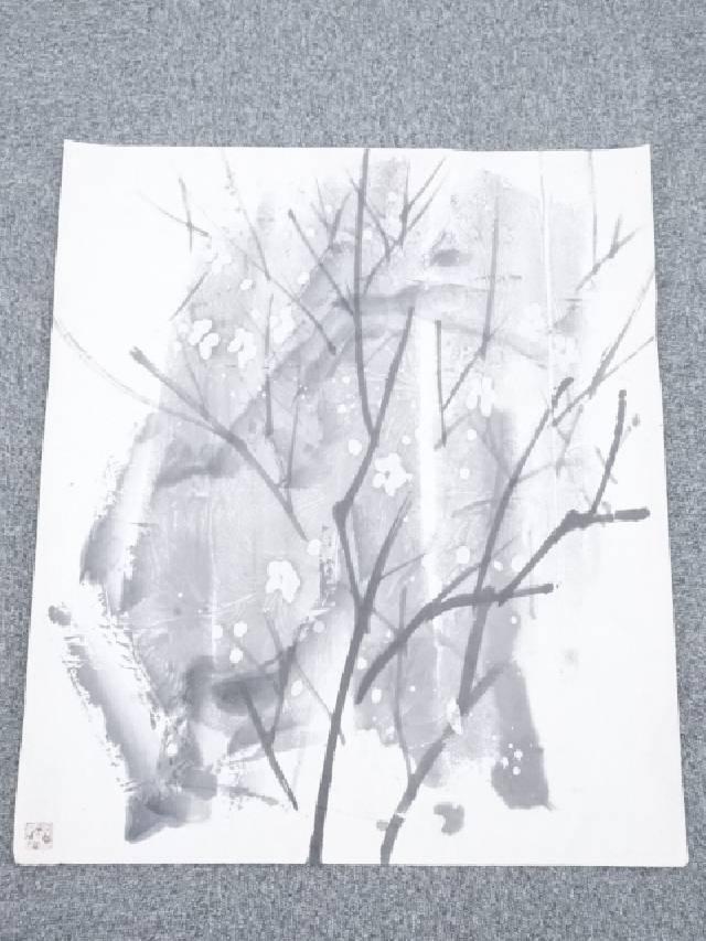 【SALE】 【書画】山下摩起筆 梅図 肉筆紙本めくり【送料無料】[ 年中掛け 壁 床の間 リビング 玄関 寝室 和室 表具 書 おしゃれ インテリア アート 絵画 芸術], やまよ魚房 e7fb56af