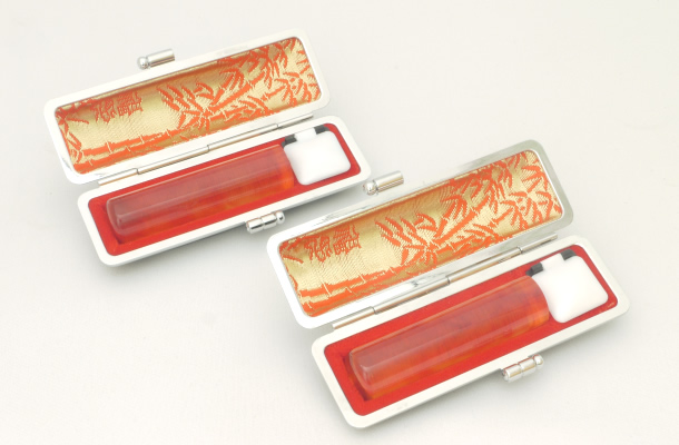 【送料無料】【個人印鑑】個人2本もみ皮ケースセット 琥珀(琥珀樹脂)[寸胴10.5mm/寸胴12.0mm]実印・銀行印・認印/仕事/就職祝い/印鑑セット/はんこdeハンコ