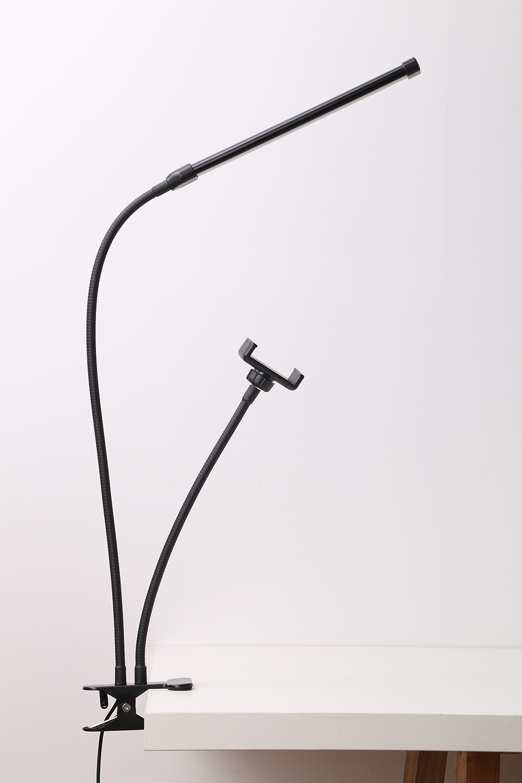 <title>クリップライト 2021新登場 LED電球セット 角度調整 白色 電球色 簡易照明 フレキシブルアーム 簡易 仮設照明器具 インテリアライト クリップ 人気 おすすめ 照明 デスクライト 挟む スイッチ</title>