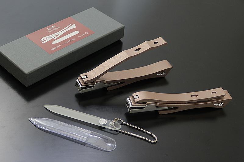 コフのつめ切り Griff(グリフ)シリーズ マロン 固定刃(チェコ製強化ガラスツメヤスリ付属) NS-122F