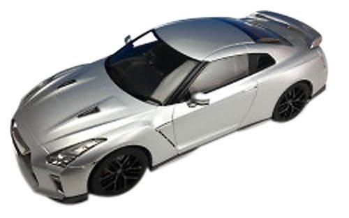日産 GT-R 2017/アルティメイトメタルシルバー/1/18/株式会社 国際貿易/F18021/9580015705981