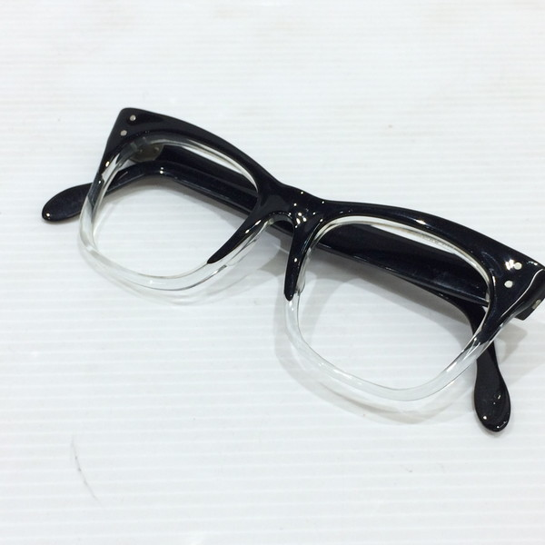5609d60edc Seven pieces of vintage glasses frame black clear reshuffling two tone  hinge specifications Vintage Mikunigaoka store OC 901003RM1620 British for  60-70s of ...