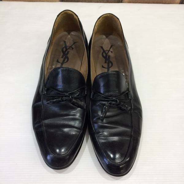 b25bd1f2813 26 YVES SAINT LAURENT Yves Saint-Laurent loafer tassel loafer shoes black  men Mikunigaoka store ...