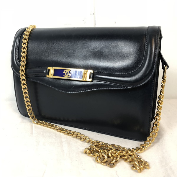 9188e1180a3 GUCCI Gucci old Gucci vintage chain shoulder bag clutch 2way gg Lady s bag  ITALY shell mound store RK606U