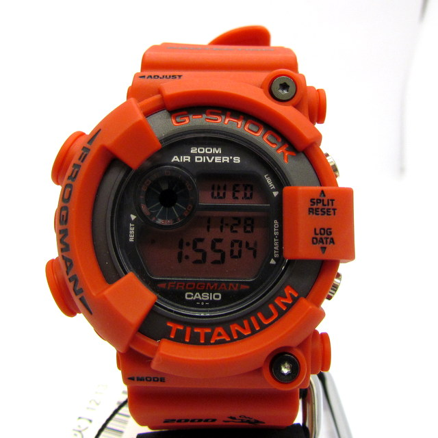 【正規店点検済】 G-SHOCK ジーショック CASIO カシオ 腕時計 フロッグマン FROGMAN DW-8200NT-4JR 世界限定1000本 希少 特別仕様モデル 赤液晶 ショックレジスト ダイビング機能 潜水カエル レッド メンズ デジタル シリアルあり 美品 T東大阪店 148242【中古】 RY0512