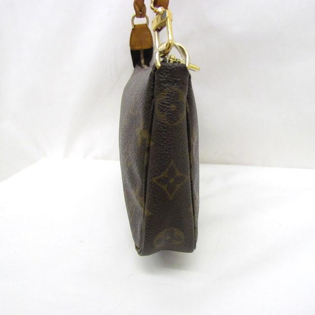 c72eda361100 全体的に状態良好の商品ですが、持ち手のヌメ革に黒ずみが有り、金具にくすみが御座います。 内側には、点状の汚れがあり、特に底面の黒い点汚れが目立ちます。
