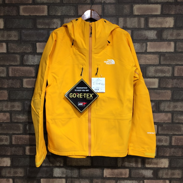 1ed82638e Outer yellow logo embroidery men large size Mikunigaoka store 270039 RM3231  with the THE NORTH FACE North Face Ironmask Jacket NP61702 iron mask ...