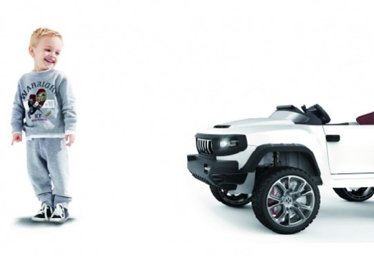 送料無料 JD Razor BROON T870 【4WDモデル】 タブレット搭載 電動乗用玩具 ラジコンカー おもちゃ 子ども用 子供用 キッズ用 キッズカー JDRAZOR ジェイディレーザー