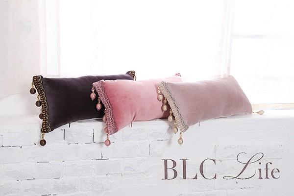 ベルベット生地で中綿をぎっしり詰めて弾力性を維持 ビーズタッセルクッション メーカー直送 安心と信頼 フラミンゴ