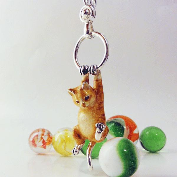 ネコ ねこ 猫のキーホルダー サツルノ社(イタリア製)