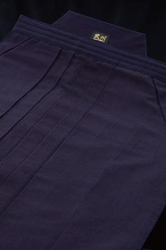剣道袴 武州一 40KAN袴(10000番) 27.5~29号 【刺繍無料(苗字のみ)・贈答対応可】