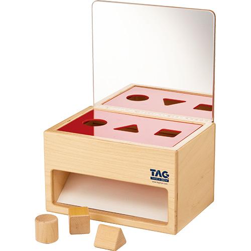 送料無料 TAG社 鏡の付いた形の分類箱 知育玩具 教育 木のおもちゃ 木製 知育 木製玩具 玩具 子供 キッズ 幼児 保育園 幼稚園 学習