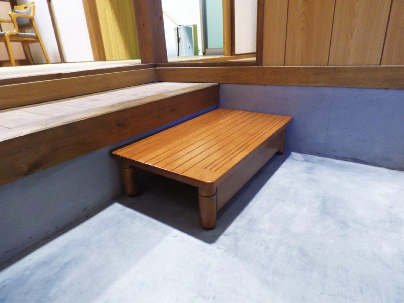 【パナソニックエイジフリー】木製玄関ステップ 奥行350mm踏み台/玄関/安全/階段/住宅改修/高齢者/お年寄り