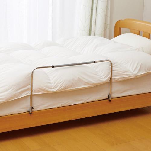 つけっぱなしベッドサイドガード 1個入 2個以上購入で送料無料 ズリ落ち防止 ベッドガード 高さ幅調節可能 差し込み式 掛け布団ガード ベッドフェンス ベッド用ふとんガード