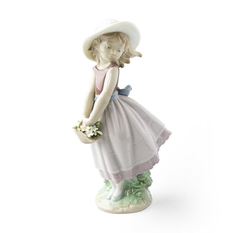 リヤドロ (LLADRO) 人形 花の小径 8246