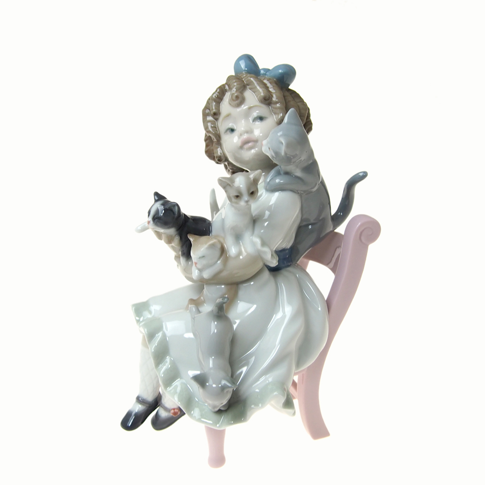 リヤドロ (LLADRO) 人形 小さな家族 8689