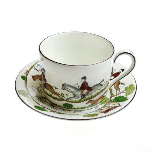英国製 / ウェッジウッド ハンティングシーン 兼用カップ / コーヒーカップ&ソーサー ウェッジウッド (WEDGWOOD) ハンティングシーン ティー カップ&ソーサー インペリアル