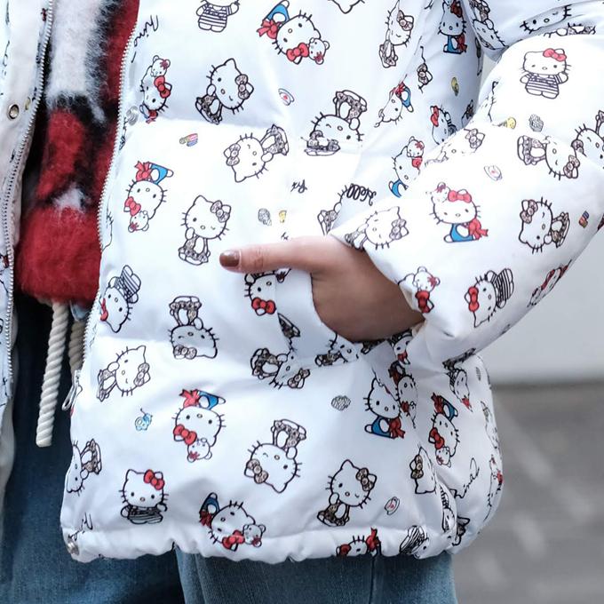 Hello Kitty フード付き ダウンコート ninamew ニーナミュウ レディース ファッション ニーナ ミュウ キティ Hello Kitty コラボ サンリオ 可愛いプレゼント 梱包 無料即納可能あす楽 対応 関西地方迄sdhQtr