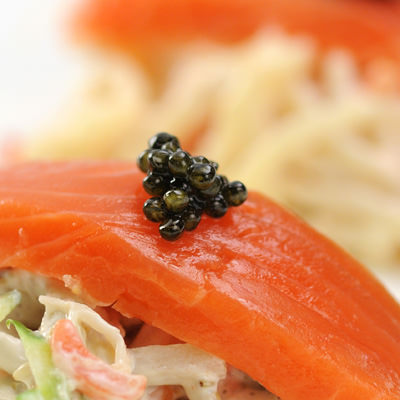 濃厚でクリーミーな味わい 国内養殖数の少ない希少種を使用したフレッシュキャビア(アムール)