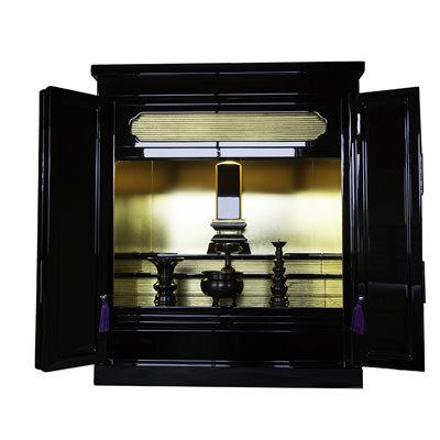 送料無料 御位牌用仏壇 こまちII 株式会社うえさか 秋田県 モダンな形と、本物の金箔の光を活かした小型のご位牌用仏壇です。