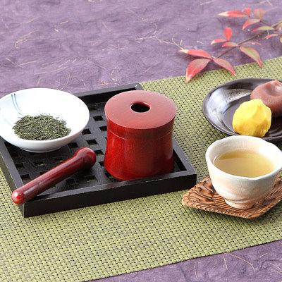送料無料 ごまやお茶がすれる手のひらサイズのお茶ミル器・お茶ミル あかね 浅田漆器工芸・石川県