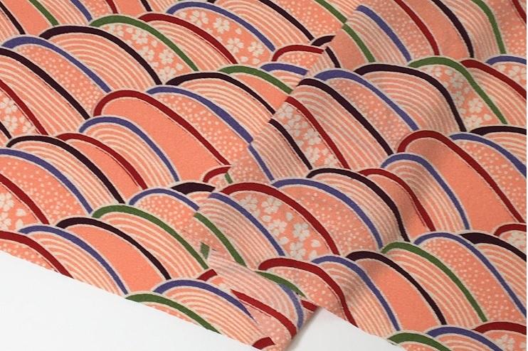 和風衣裳 買い取り コスプレ よさこい衣裳 小物 雑貨に 日本製布地 二越ちりめん ピンク色 桜に波 布 付与 イ 112cm巾 生地