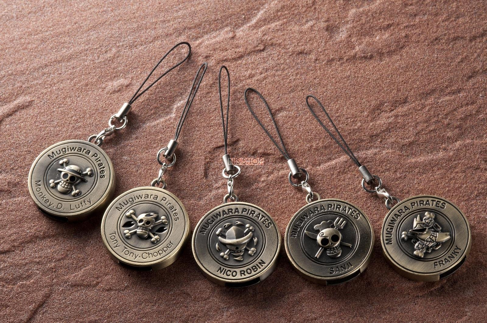 ONE PIECE(ワンピース)コイン型キーホルダーUSBメモリー2G付5種類セットA【ルフィ・チョッパー・ロビン】【サンジ・フランキー】【在庫限り】【20P03Dec16】