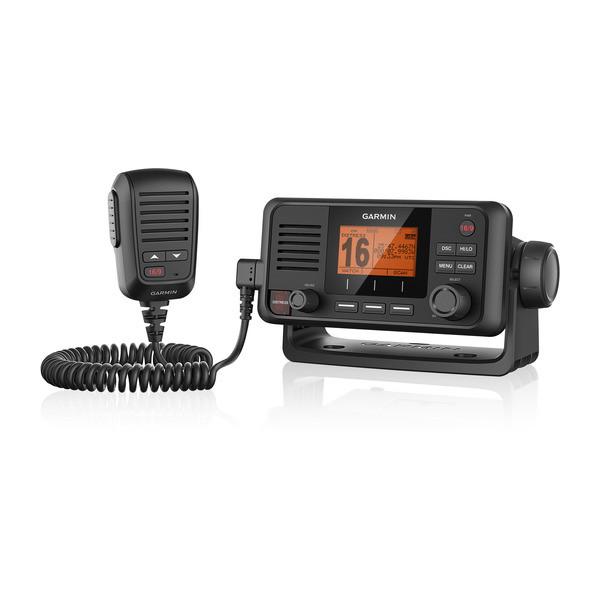 【エントリーで全品ポイント10倍!】【納期注意!】GARMIN VHF 110 Marine Radio 送料無料メーカー取寄せ。納期約1か月程度